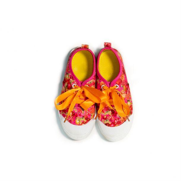 Girls Clure Fruit Sneakers